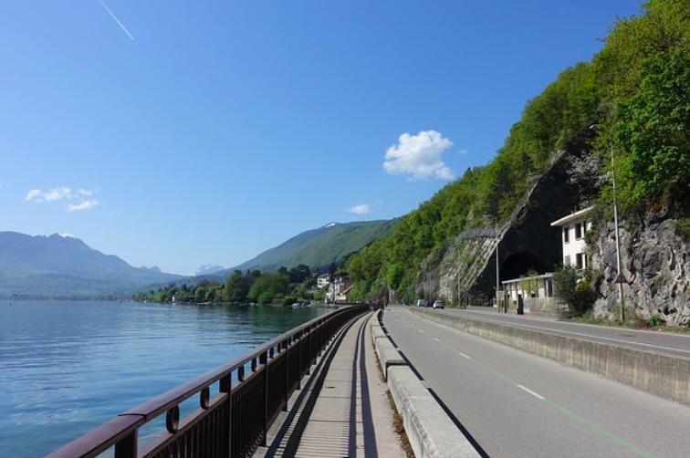 tour du lac a vélo